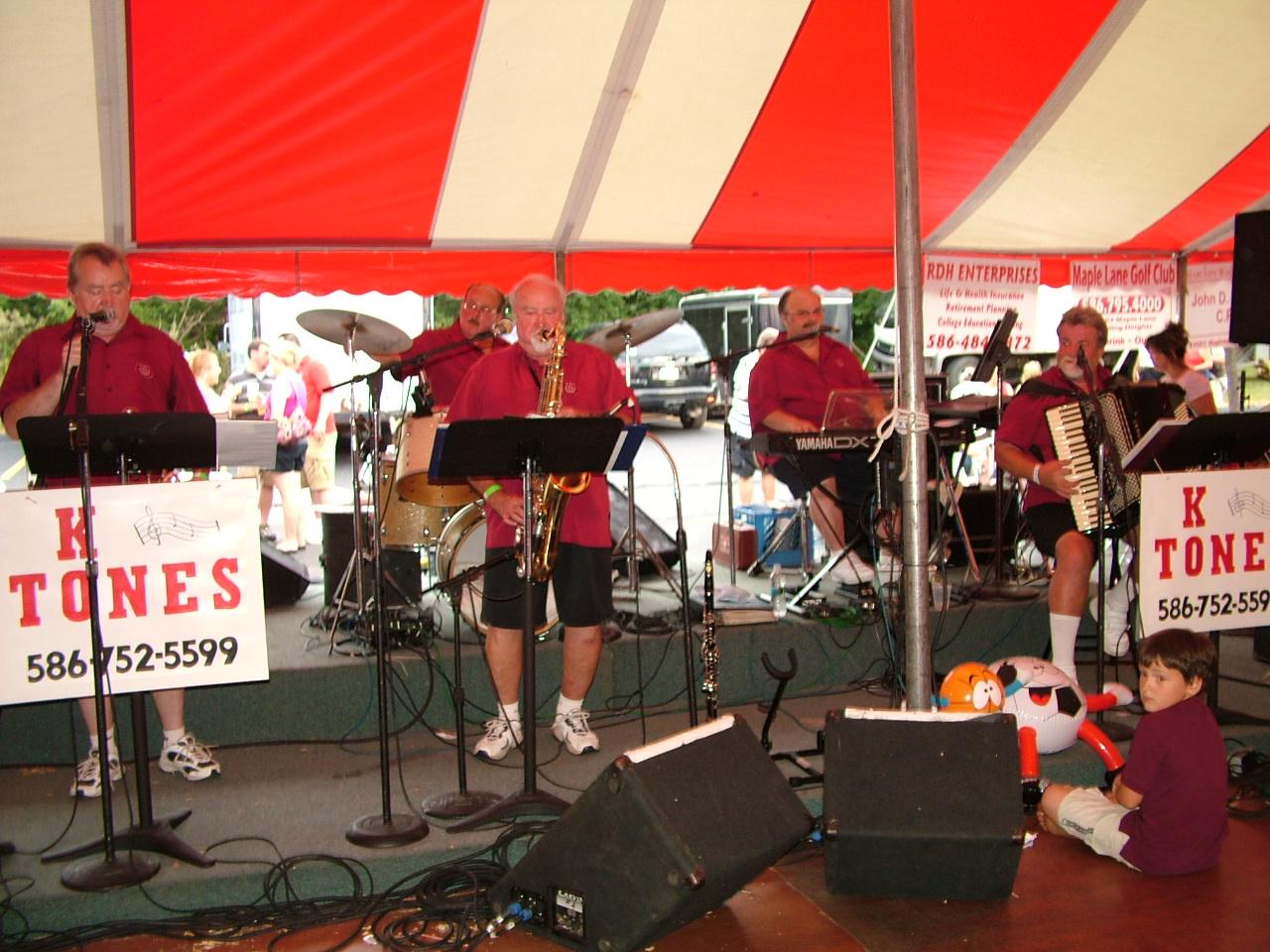 2010 Festival Band